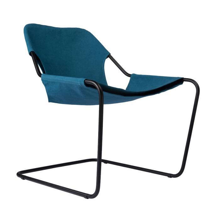 Worlds Coolest Chair Heads Outdoors portrait 3