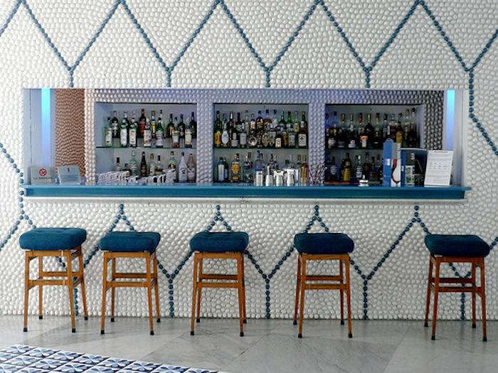 700 ponti tiled bar stools
