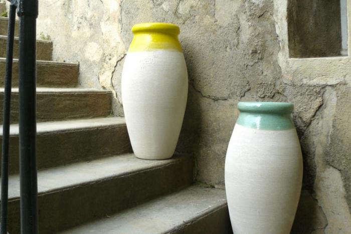 700 poterie ravel olive jars