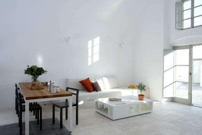 700 villa fabrica living room shadows