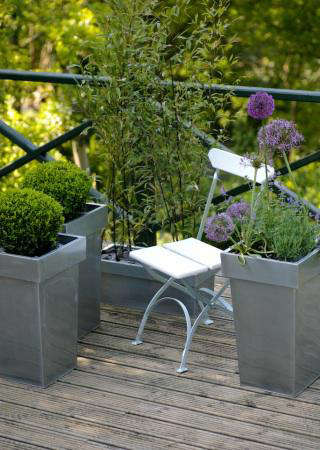 Outdoors ReadyMade Containers from the Balcony Gardener portrait 3