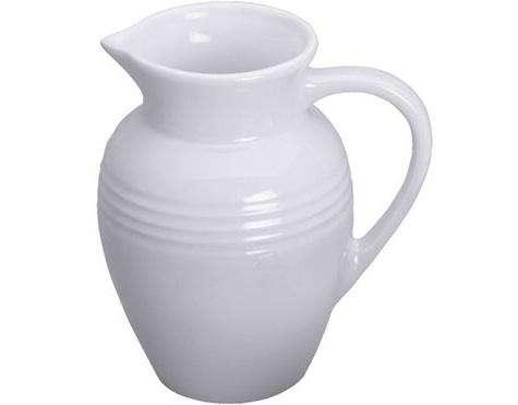 le creuset whitel stoneware pitcher large