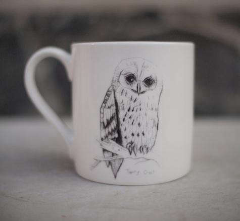 Tabletop Some British Birds Ceramics by Edwyn Collins for Elli Popp portrait 4