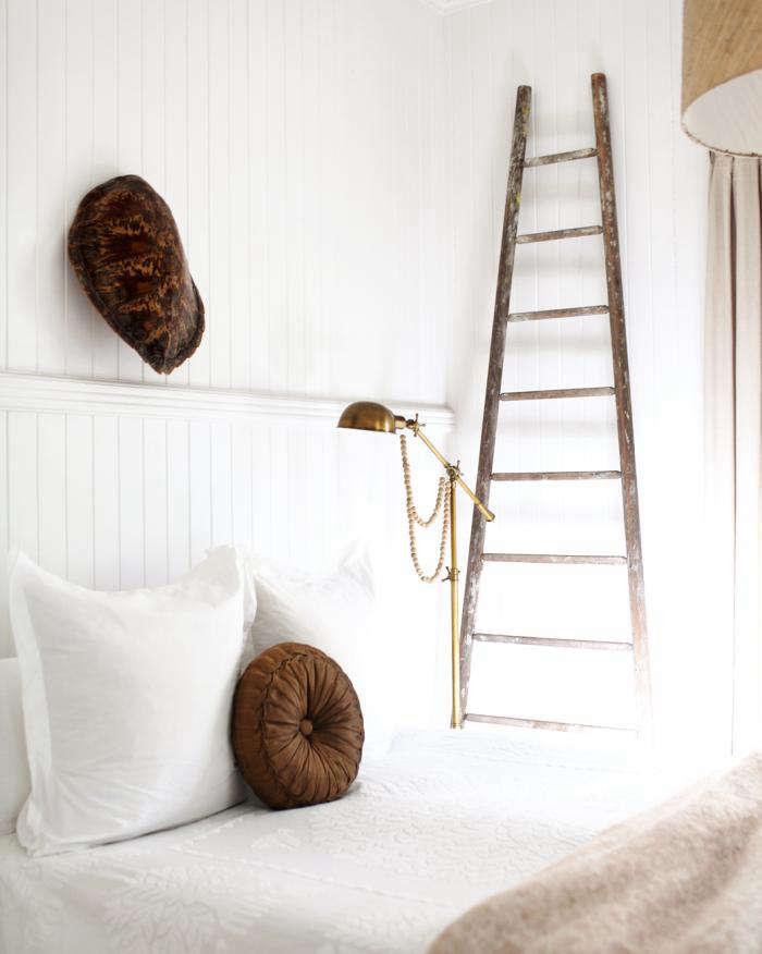 700 bedroom 02 r crop
