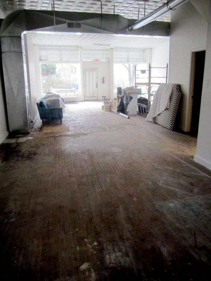 700 chairloom stencil floor 02 jpeg
