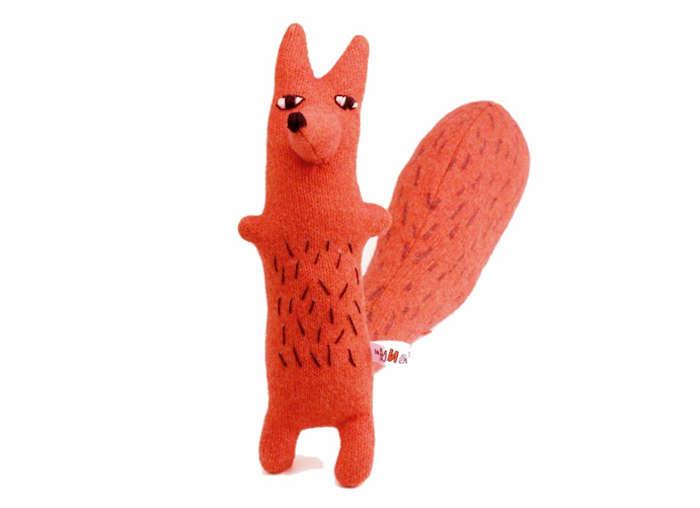 700 cyril squirrel fox