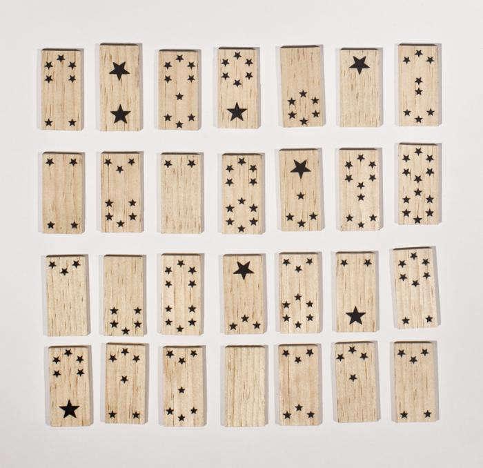 700 fredricks and mae domino set