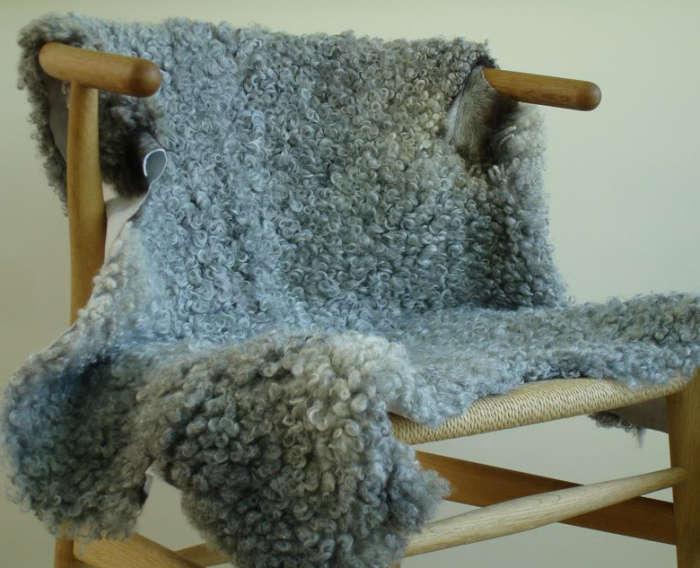 700 huset gotland sheepskin in gray