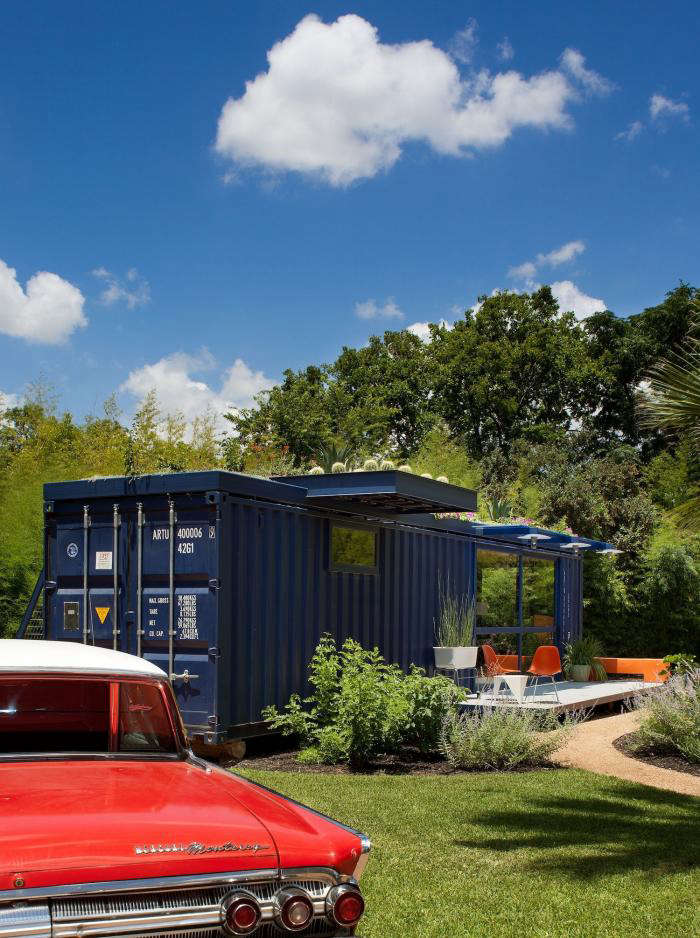 700 poteet container house 10