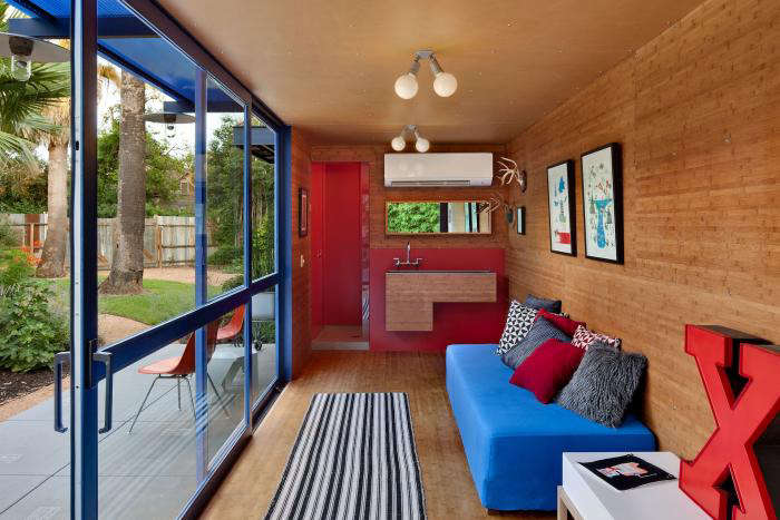 700 poteet container house 12