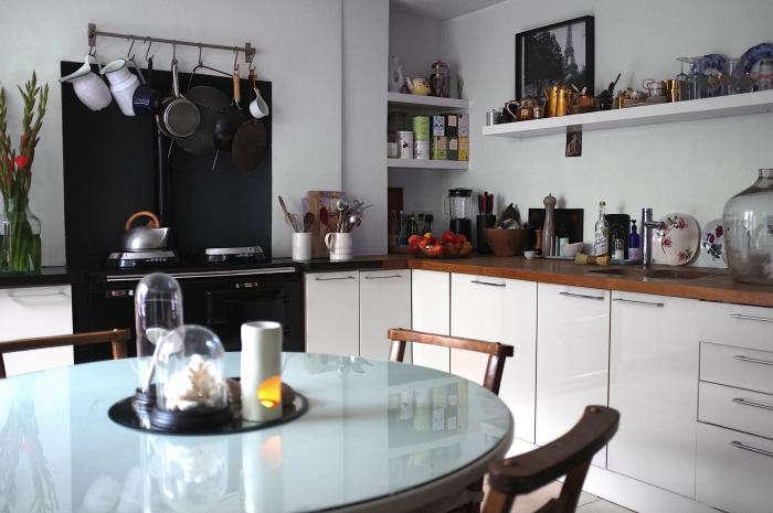 700 rmlouisa grey kitchen 02