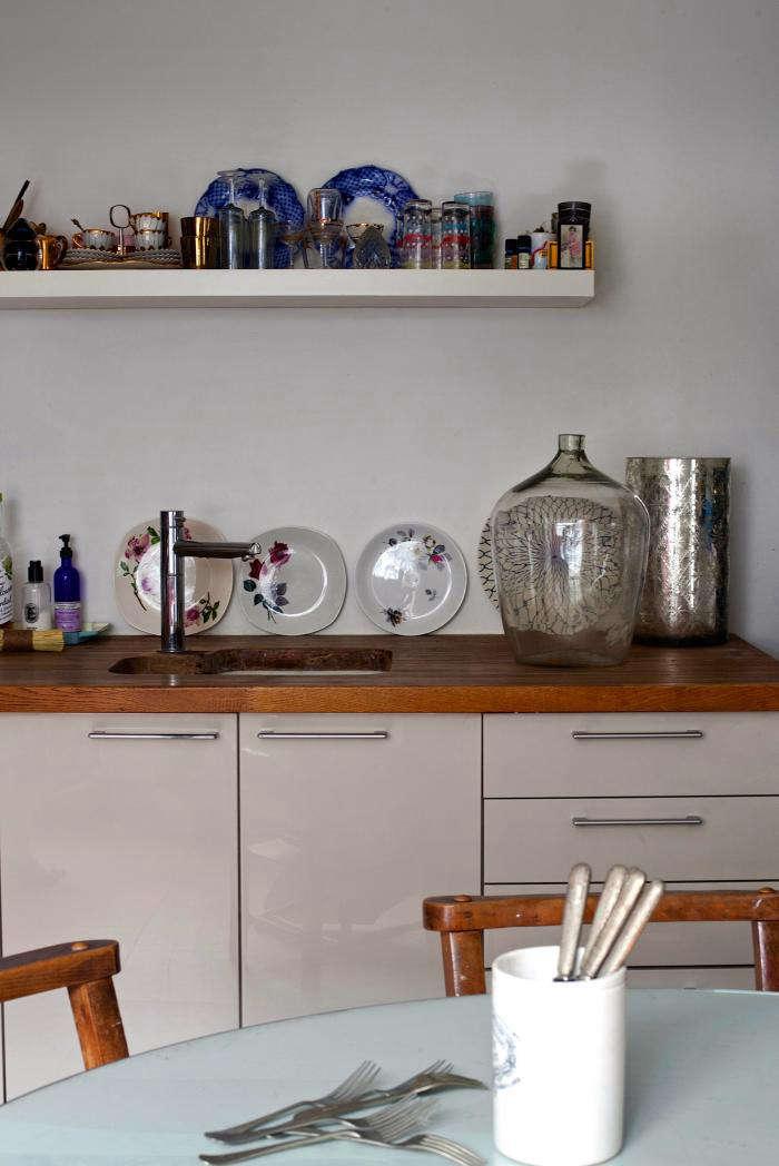 700 rmlouisa grey kitchen 04a