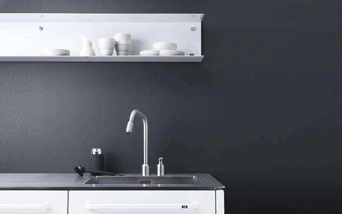 700 vipp kitchen white with shelf