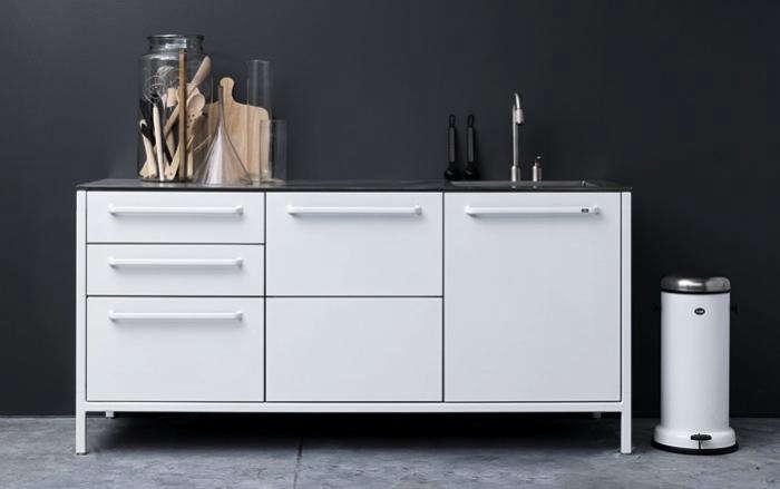 700 vipp small white kitchen unit