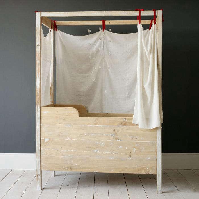 700 xo canopy crib