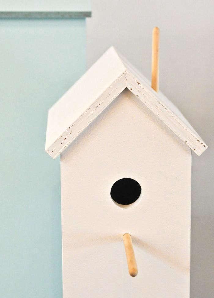 700 attic birdhouse white close up