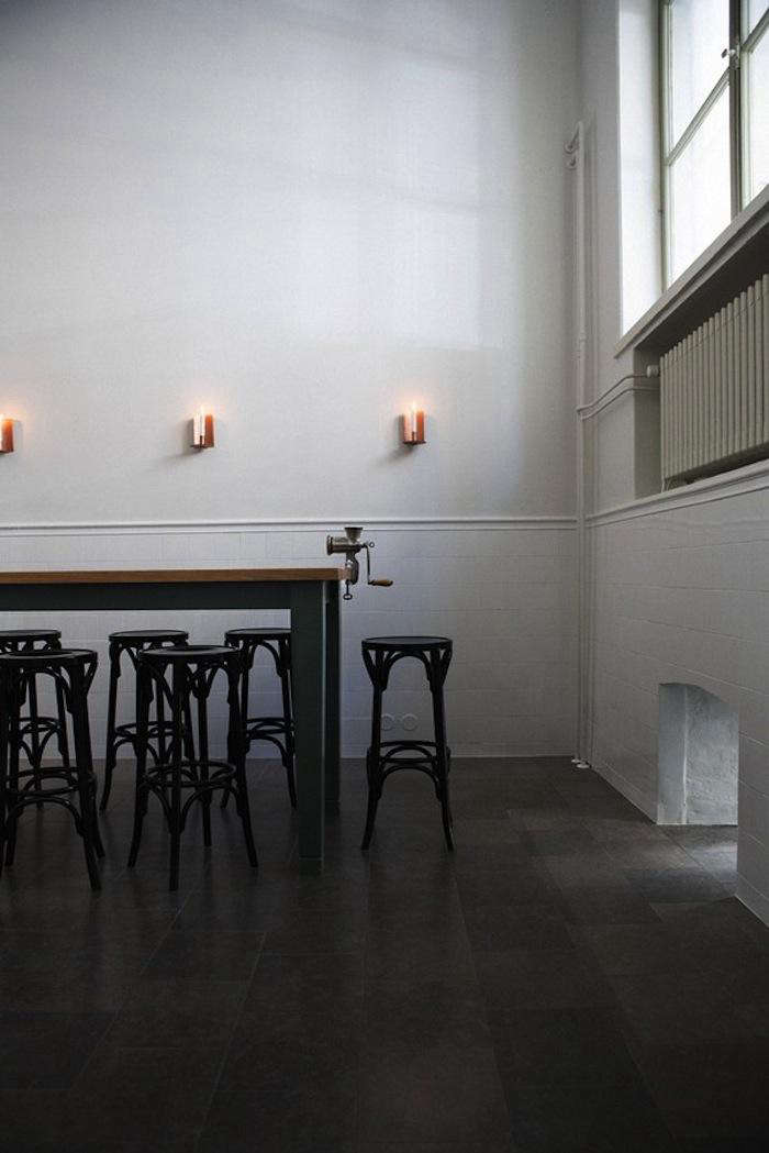 700 bar and co black chairs