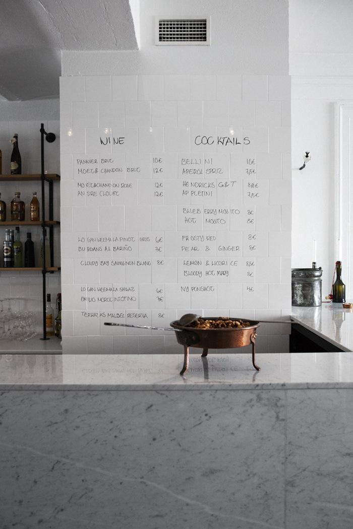 700 bar and co counter writing