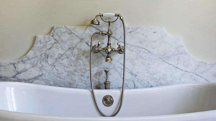 700 hefner marble backsplash 2