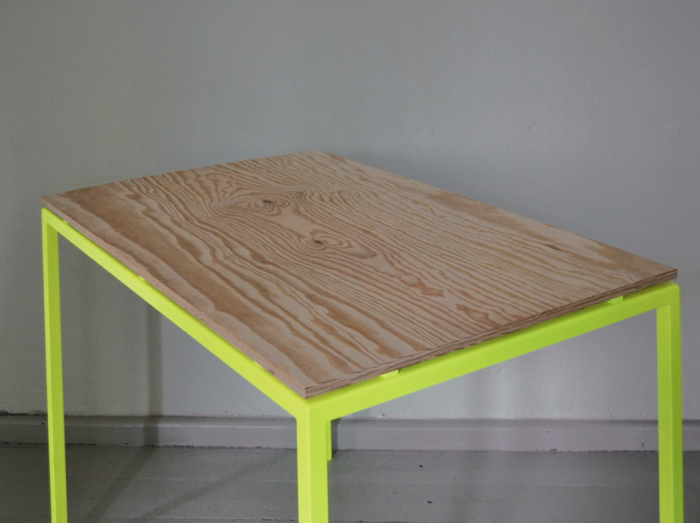 Radical Color for the Office Kolor in Germany portrait 3