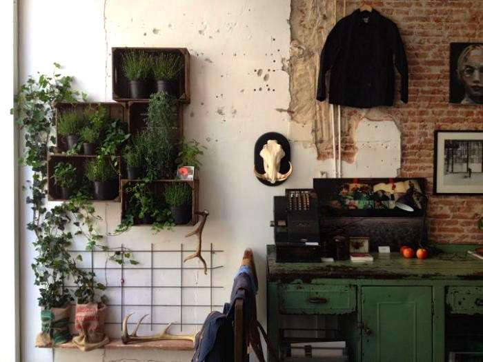 Shoppers Diary Hutspot in Amsterdam portrait 3