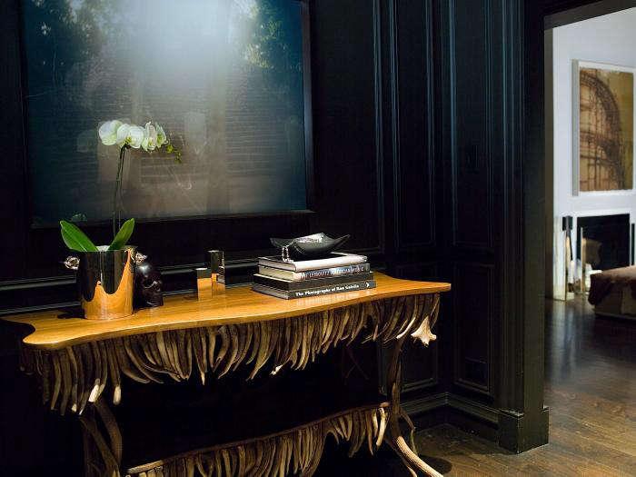 The Designer Is In Modern Glamor with Kara Mann portrait 3