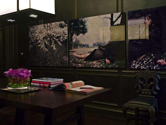 The Designer Is In Modern Glamor with Kara Mann portrait 10