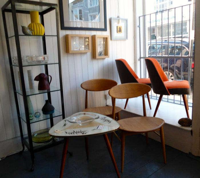 A UK Shop Specializing in Midcentury Spanish Design portrait 8