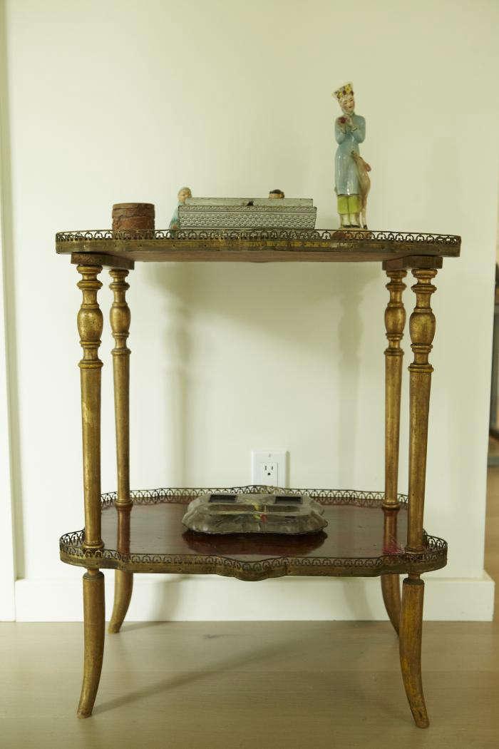 700 shiva rose antique table