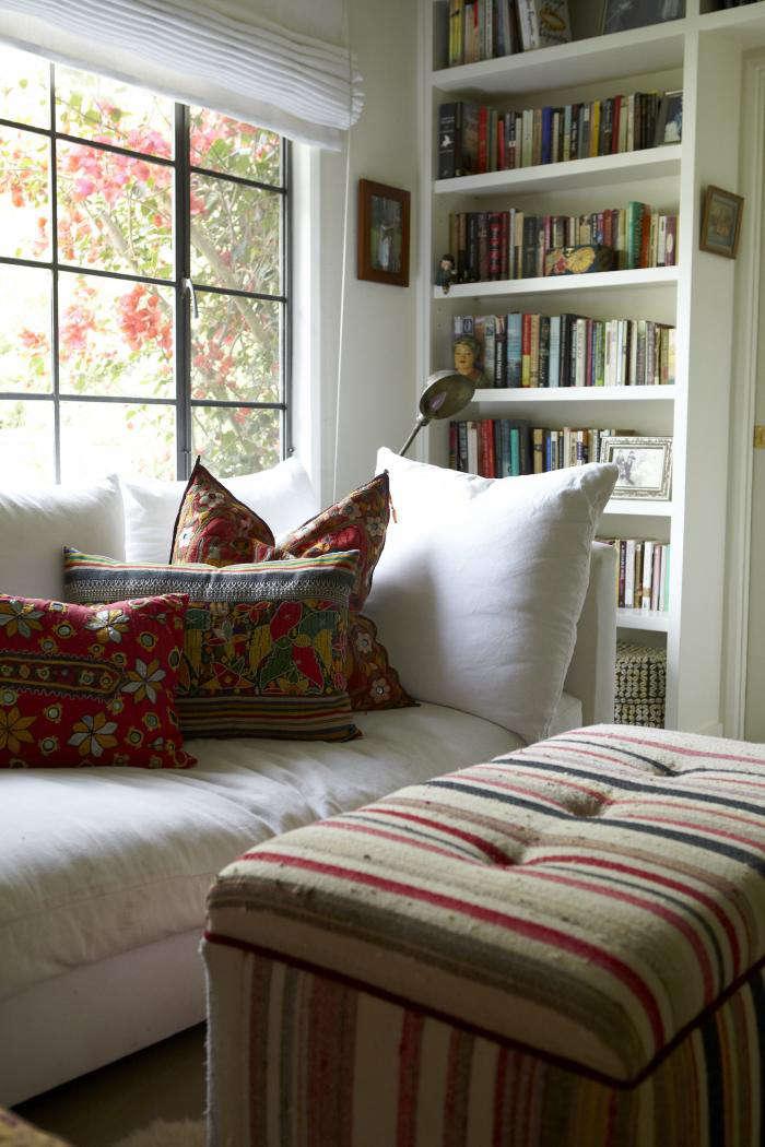700 shiva rose living room pillows