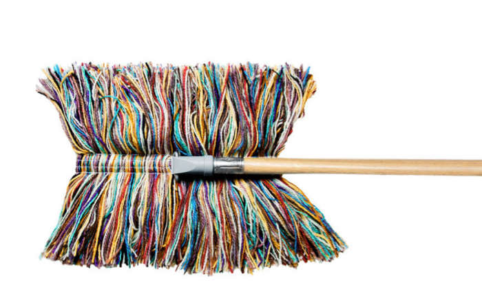 700 wooly mop colorful detail