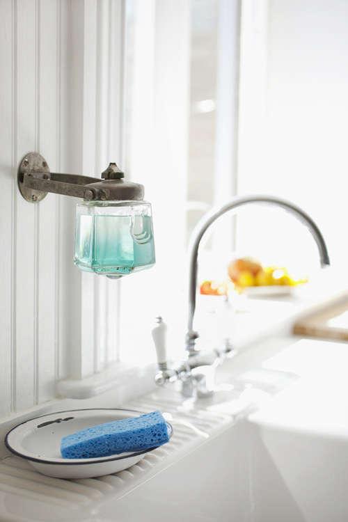 bath holder as dishsoap