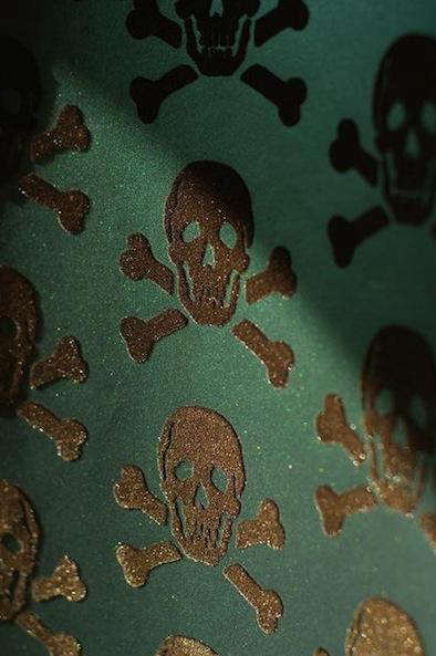 Design Sleuth Skulls Collection Wallpaper by Beware the Moon portrait 5