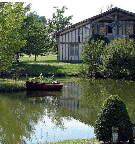 Hotels  Lodging Les Sources de Caudalie in Bordeaux portrait 3