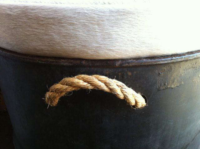Furniture Culo Drum from Steed Fine Hoarding  Tack portrait 4