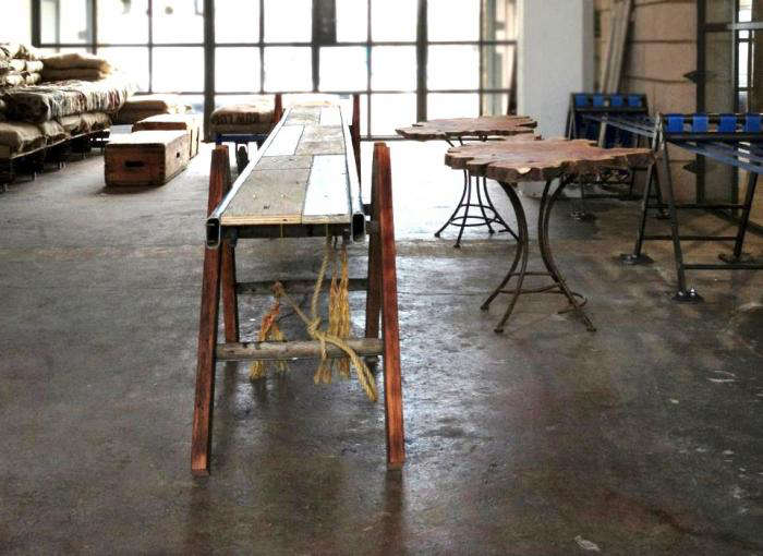 700 crate brewery rope table