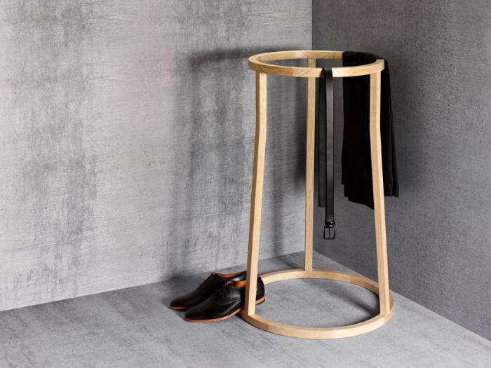 700 remodelista james smith designs uma clothes horse 01 jpeg