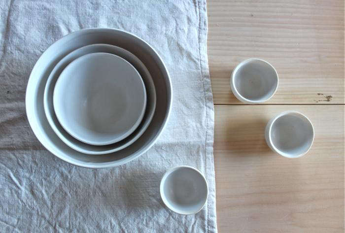 700 white forest pottery nesting bowls
