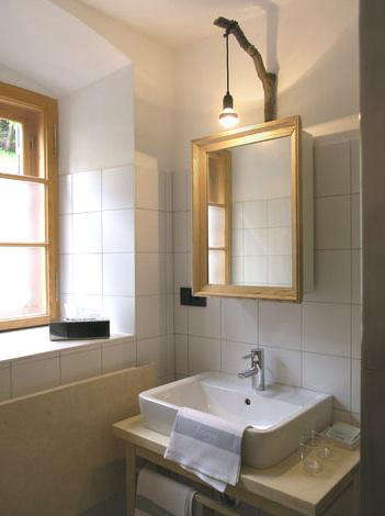 Five Quick Fixes Remodeling Tips for the Bath portrait 6