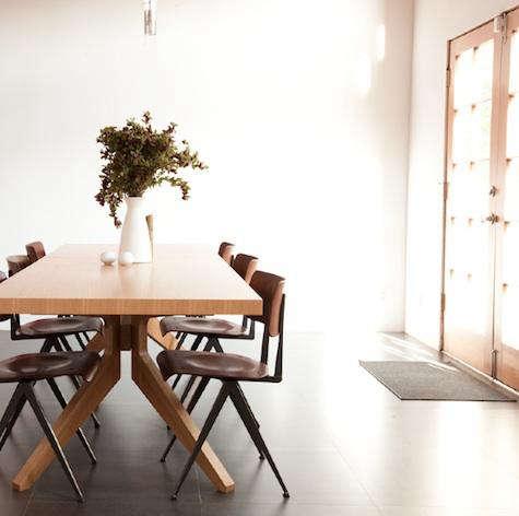 faye mcauliffe dining table