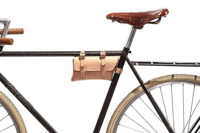 700 bike pouch by billykirk