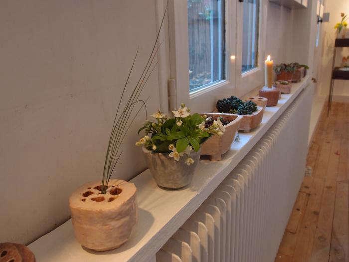 700 cecile daladier vases on studio wall
