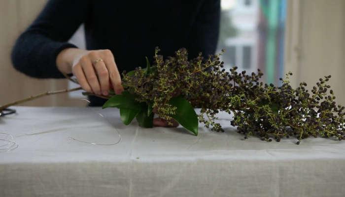 700 diy video garland berries