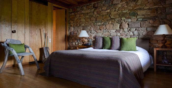 700 domain etangs green bedroom