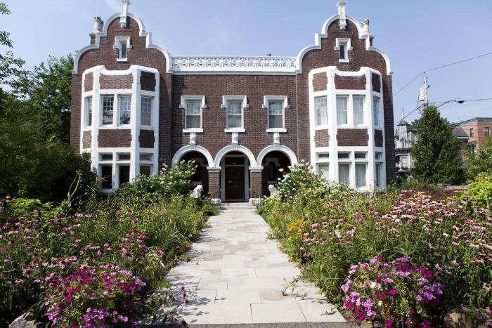 700 nicole franzen echinacea building