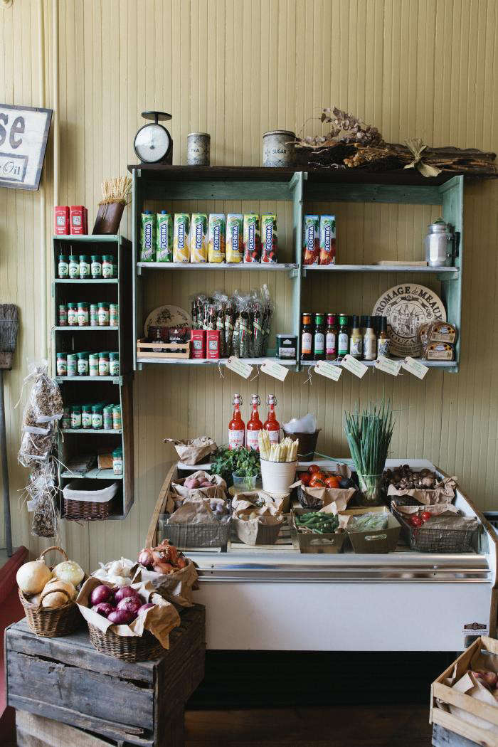 700 nicole franzen shop interior