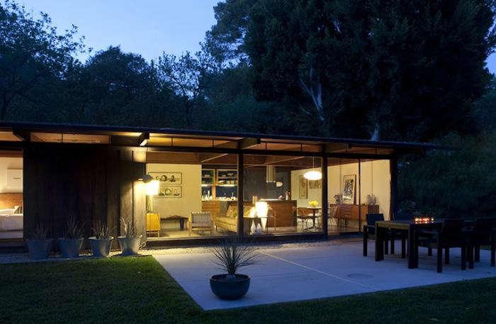 700 oonagh ryan nighttime modern house