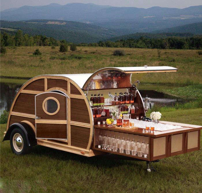 A Mobile Bar Inspired by Bourbon portrait 7