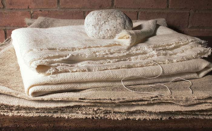 700 zak fox kaya cloth fold