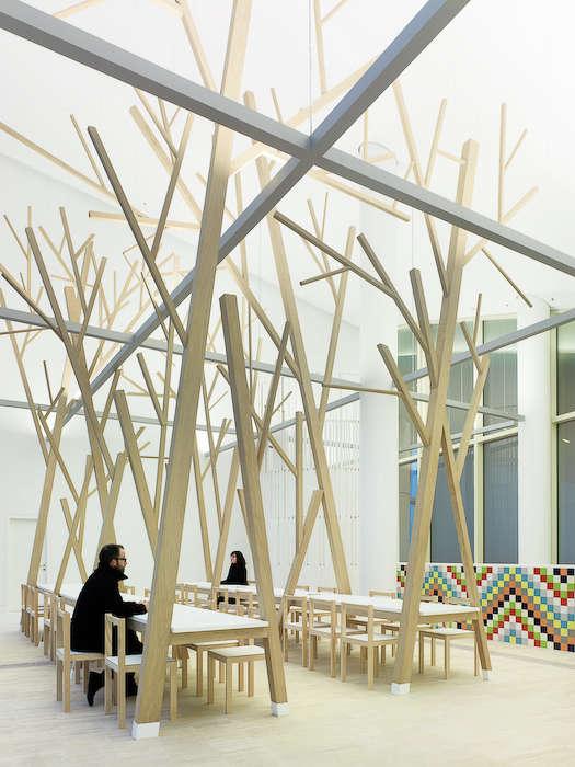 estudio nomada tree dining table 01 jpeg